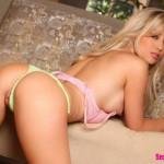 Красивая эротика блондинки