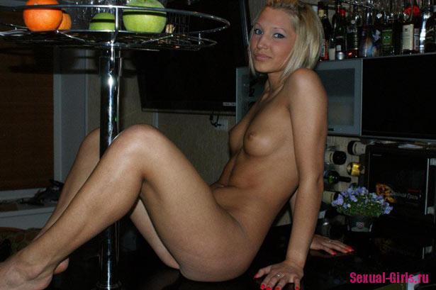 Chastnyi fotoset blondinki 8