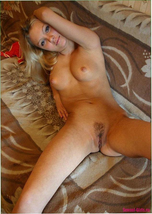 Muzh-ulomal-seksualnuiu-zhenu-na-eroticheskii-fotoset-7