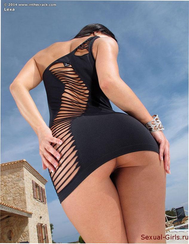 Эро фото: Очаровательная попка сексуальной Мелисы