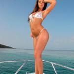 Прогулка на яхте с жопастой Debbie White